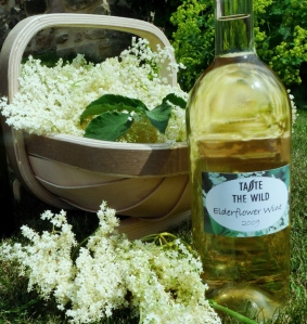 elderflower med size